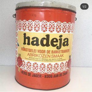 Vintage hadeja blik Nederlands