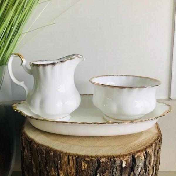 Richmond koffie en melkstel wit met goud