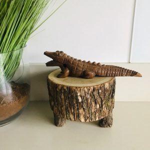 houtsnijwerk krokodil costa rica