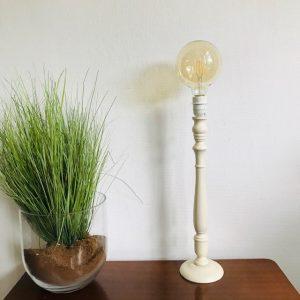 hoge lampenvoet landelijk crème wit