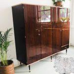 vintage kledingkast deens design hoogglans jaren 60