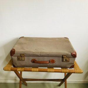 brocante koffer beige leer